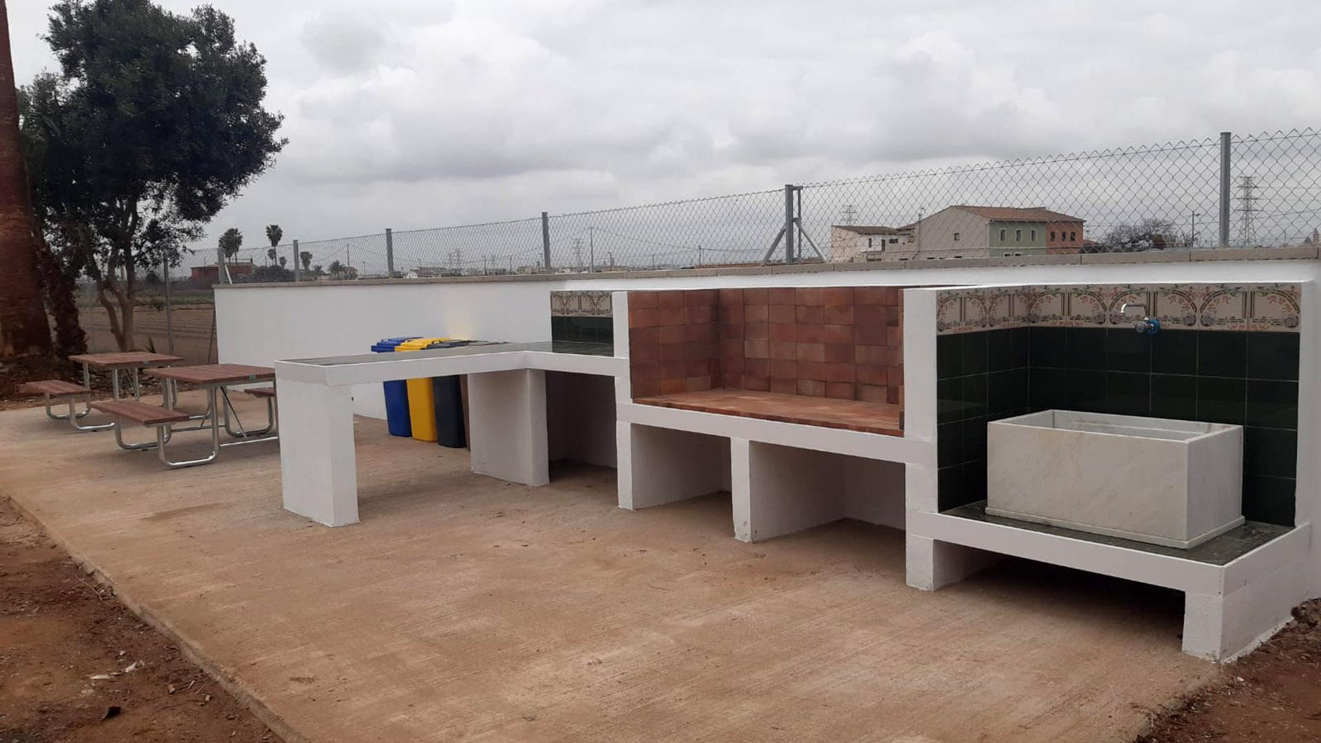 Zona de recreo Cases de Bàrcena y accesibilidad Alcaldía Benifaraig