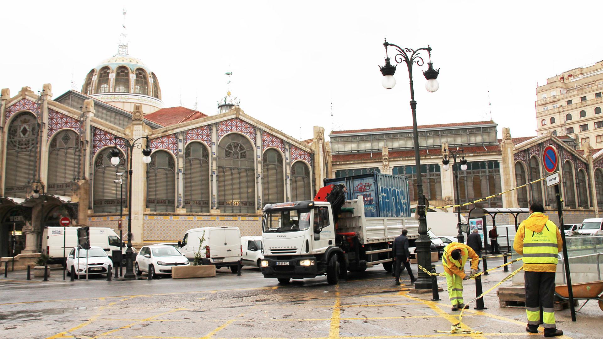 Inicio obras plaza de Brujas y Mercado